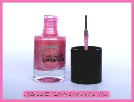 Review_Catrice_CrushedCrystals_06CallMePrincess_BrushSide