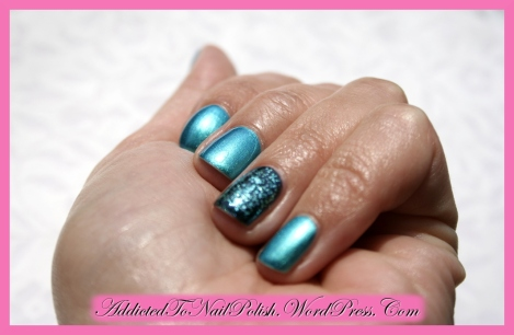 Swatch_Essence_Splash+GlitterJewels_Whole-Sun1